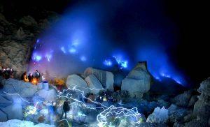 Kawah Ijen Blue Lava Indoensia