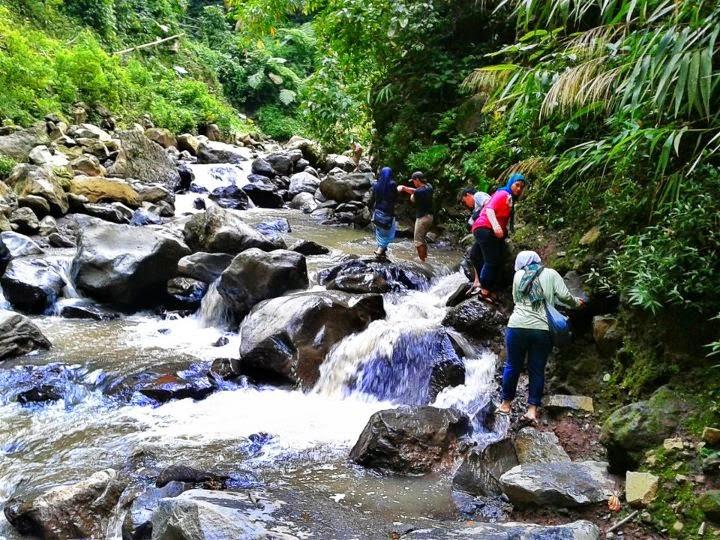 Bromo Waterfall Madakaripura - Madakaripura Waterfall Tour
