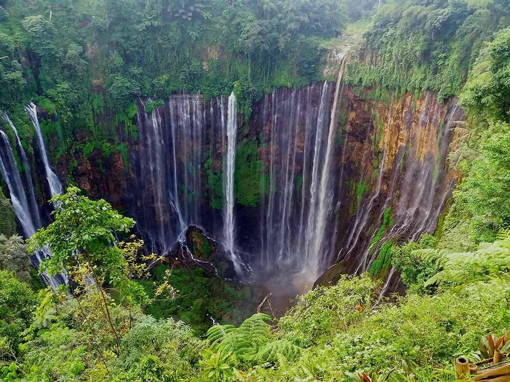 Tumpak Sewu Waterfall Tour 1024x768 - Bromo Ijen Tumpak Sewu Waterfall