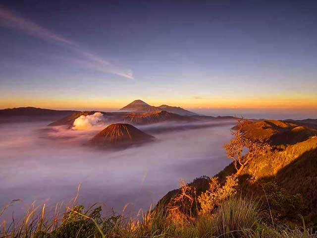 Kingkong Hill Bromo Sunrise