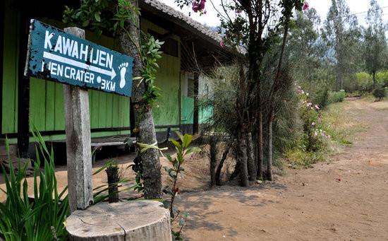 ijen base camp paltuding - Mount Ijen Tour From Bali