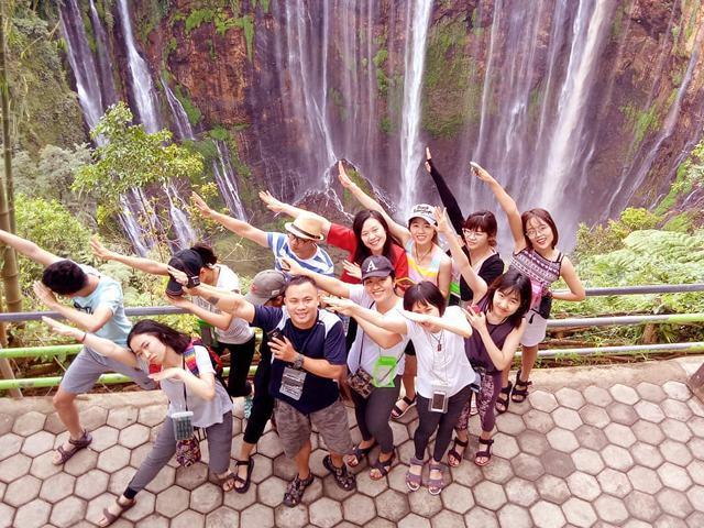 Bromo tumpaksewu waterfall Tour Package - Bromo Ijen Tour