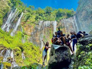 Bromo Ijen Tumpak Sewu Waterfall Tour 4 Days