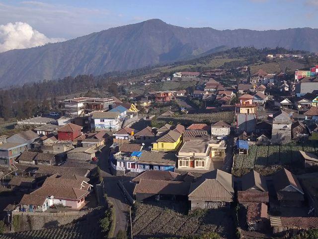 cemoro lawang bromo village - Bromo Ijen Tour